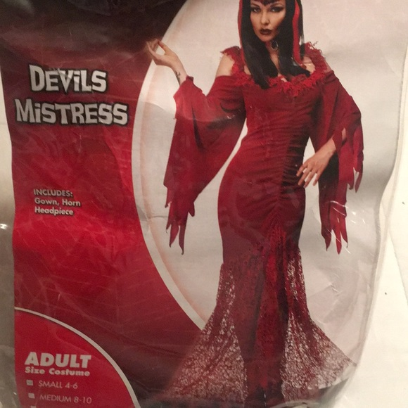 Red Devil S Mistress Halloween Costume
